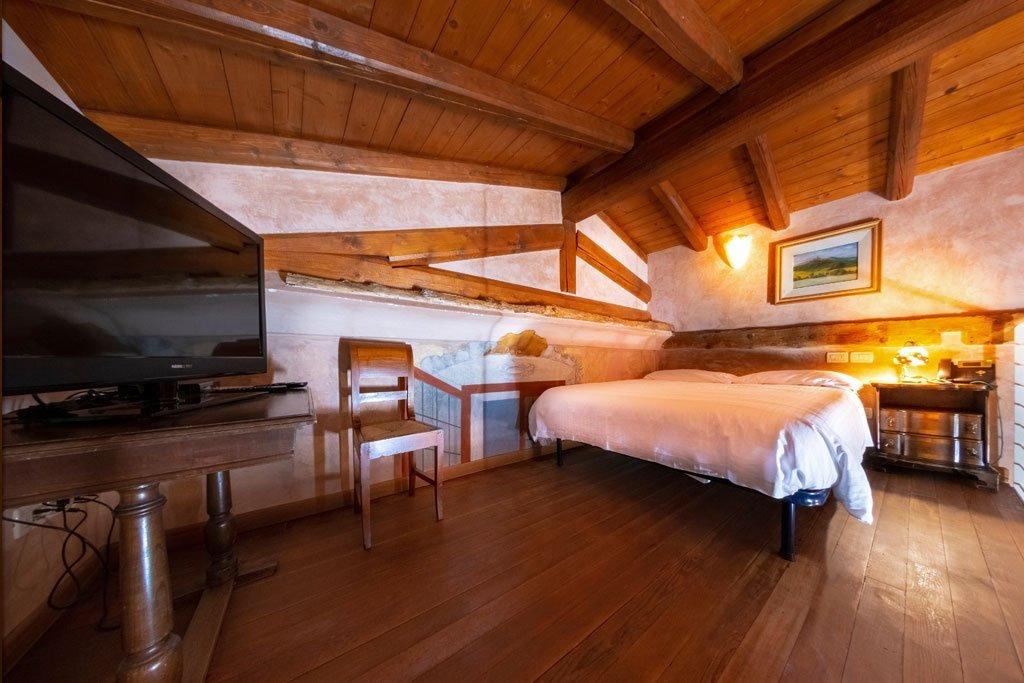 Agriturismo Villa Bissiniga Relais Farmhouse Holidays: Fasanella Guestroom