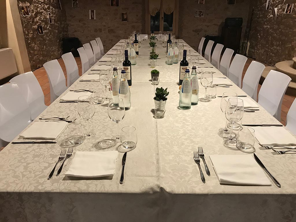 Dinner in the tavern for small groups or weddings